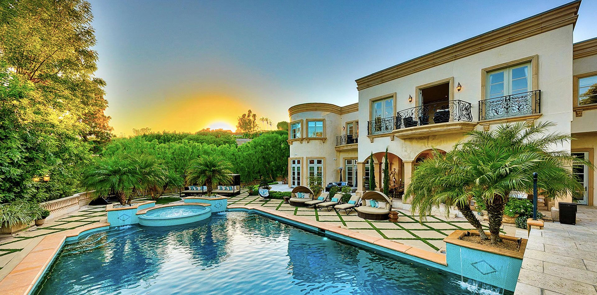 Luxury Mansion Rentals
