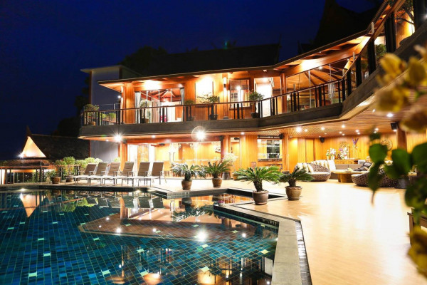 luxury villa rental phuket