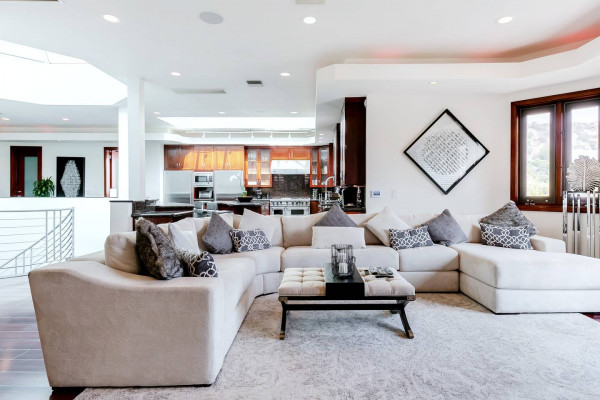 Luxury Home Rentals Los Angeles
